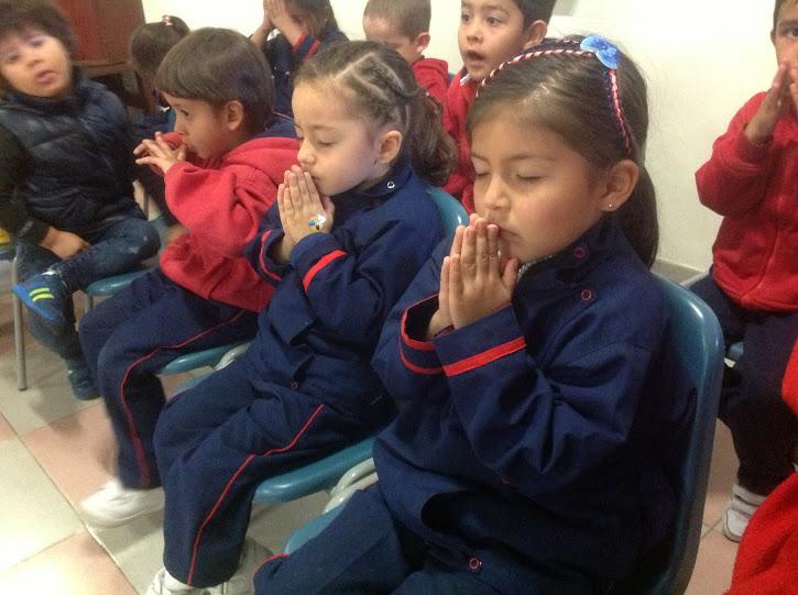 EDUCAMOS  EN EL AMOR PARA EL SERVICIO
